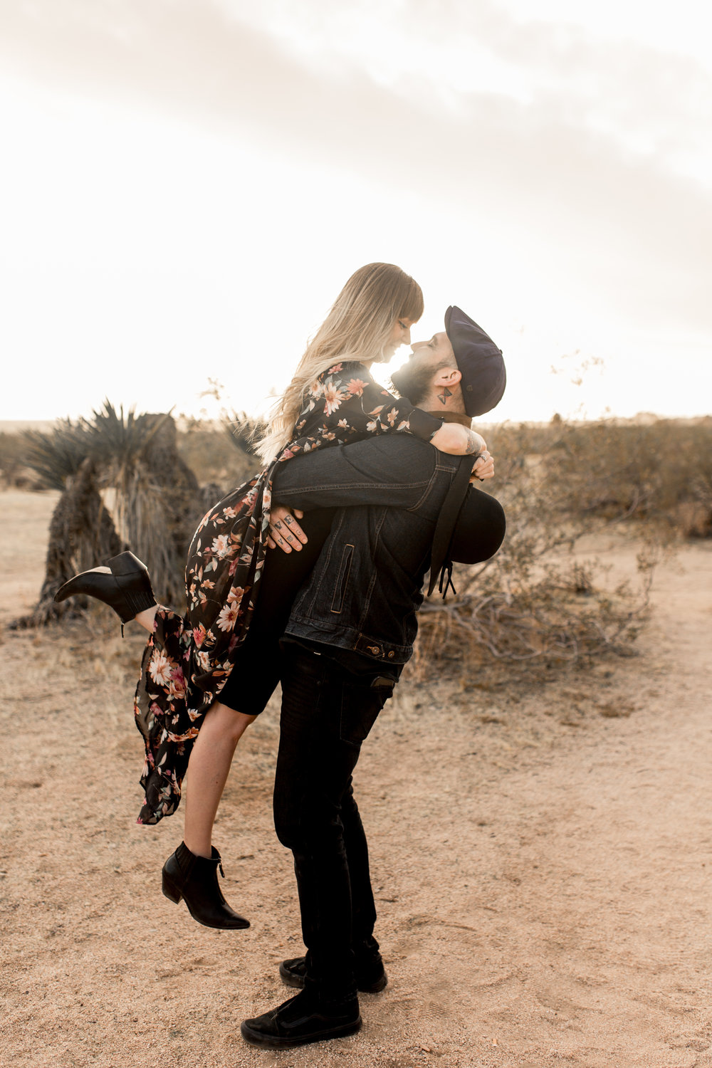 nicole-daacke-photography-joshua-tree-cactus-garden-engagement-photos-joshua-tree-national-park-enegagement-session-edgy-hipster-california-cholla-garden-golden-sunset-session-54.jpg