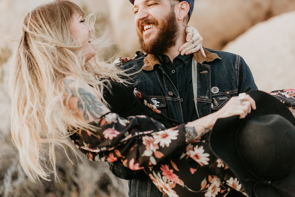 nicole-daacke-photography-joshua-tree-cactus-garden-engagement-photos-joshua-tree-national-park-enegagement-session-edgy-hipster-california-cholla-garden-golden-sunset-session-56.jpg