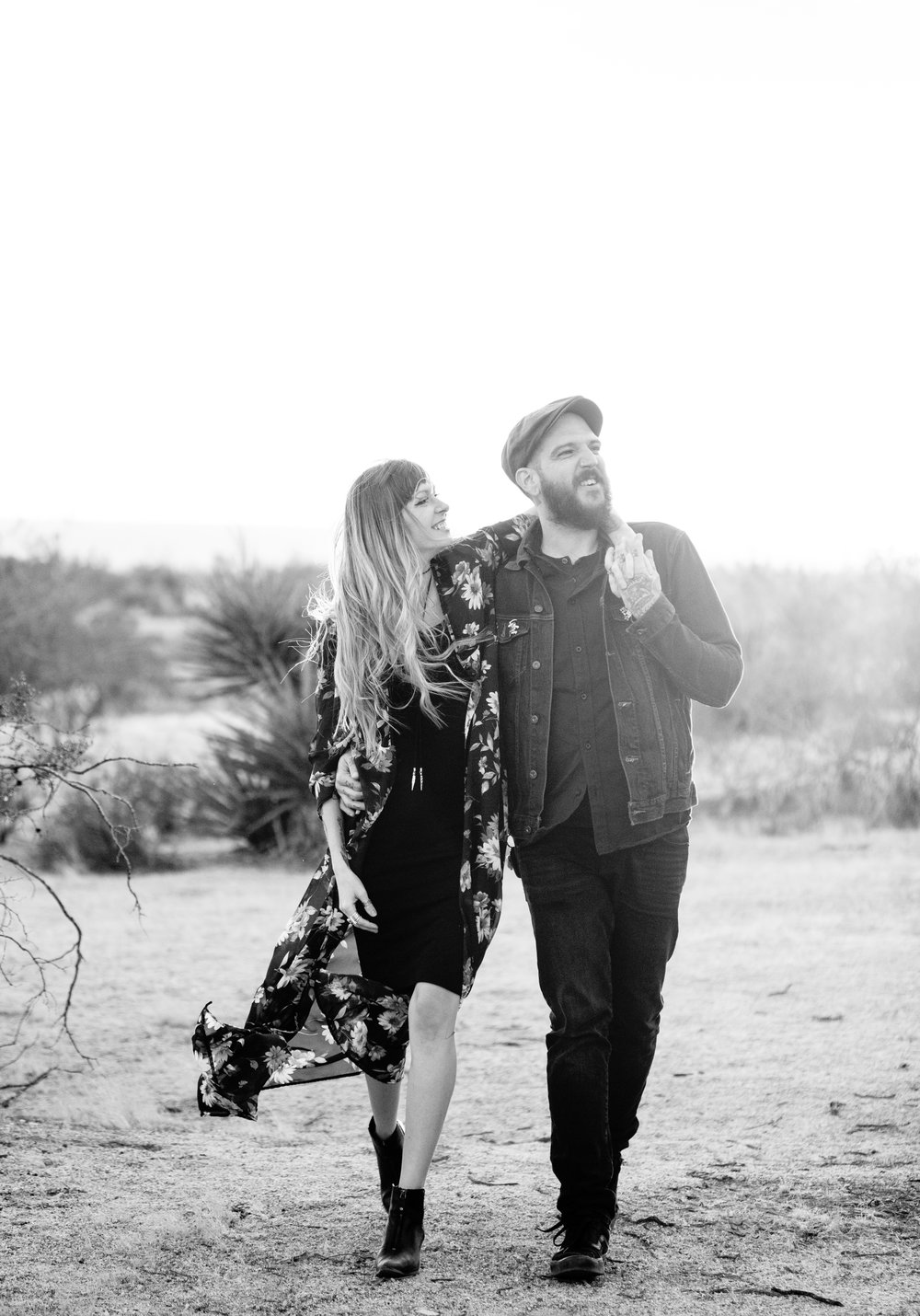 nicole-daacke-photography-joshua-tree-cactus-garden-engagement-photos-joshua-tree-national-park-enegagement-session-edgy-hipster-california-cholla-garden-golden-sunset-session-60.jpg