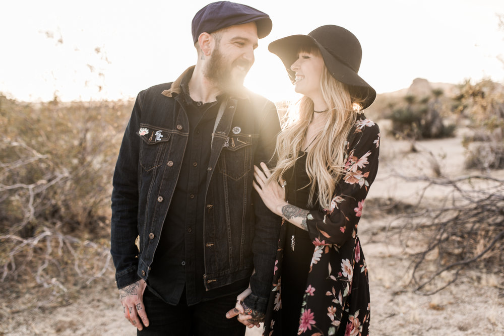 nicole-daacke-photography-joshua-tree-cactus-garden-engagement-photos-joshua-tree-national-park-enegagement-session-edgy-hipster-california-cholla-garden-golden-sunset-session-66.jpg