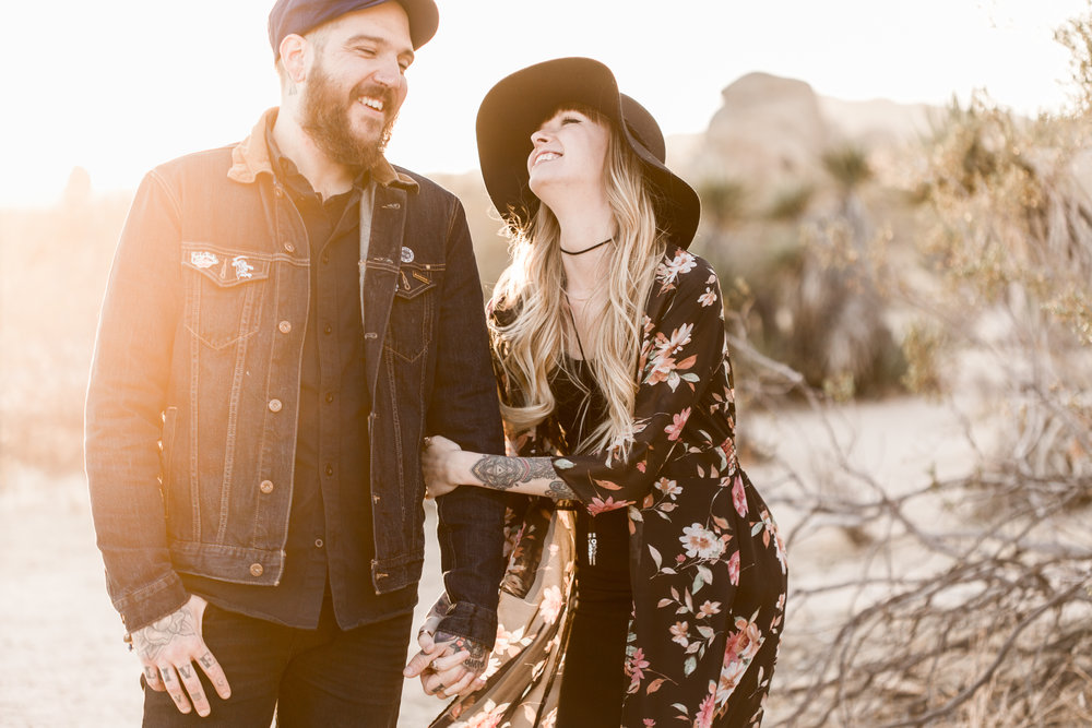 nicole-daacke-photography-joshua-tree-cactus-garden-engagement-photos-joshua-tree-national-park-enegagement-session-edgy-hipster-california-cholla-garden-golden-sunset-session-67.jpg