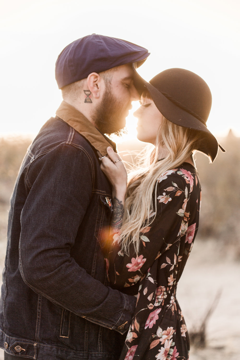 nicole-daacke-photography-joshua-tree-cactus-garden-engagement-photos-joshua-tree-national-park-enegagement-session-edgy-hipster-california-cholla-garden-golden-sunset-session-71.jpg