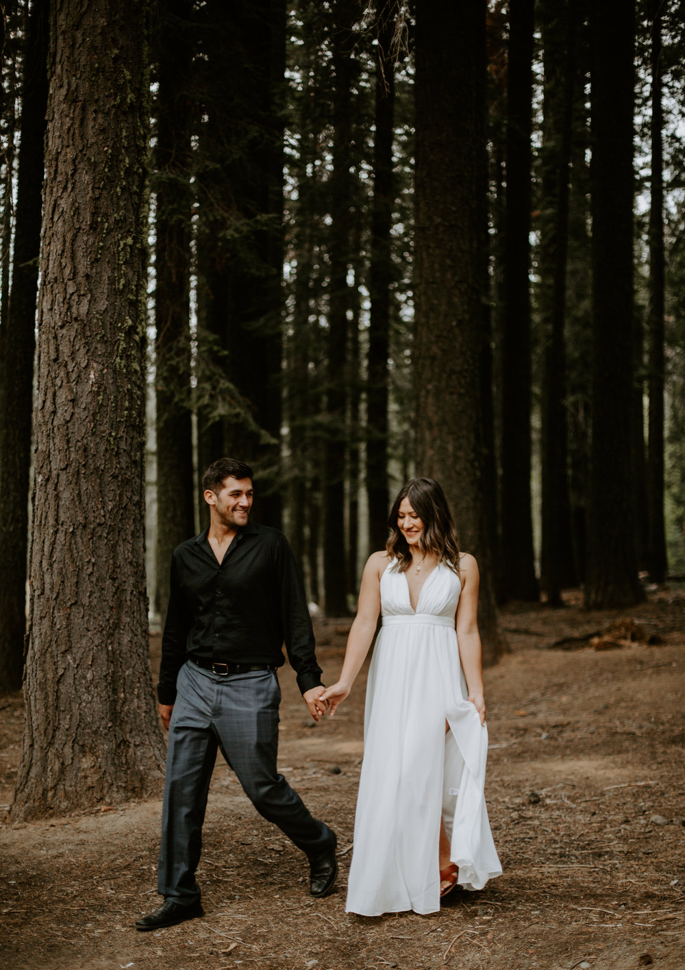 nicole-daacke-photography-yosemite-national-park-fall-elopement-adventurous-free-spirit-boho-bohemian-elopement-olmsted-point-yosemite-california-elope-adventure-elopement-photographer-5.jpg