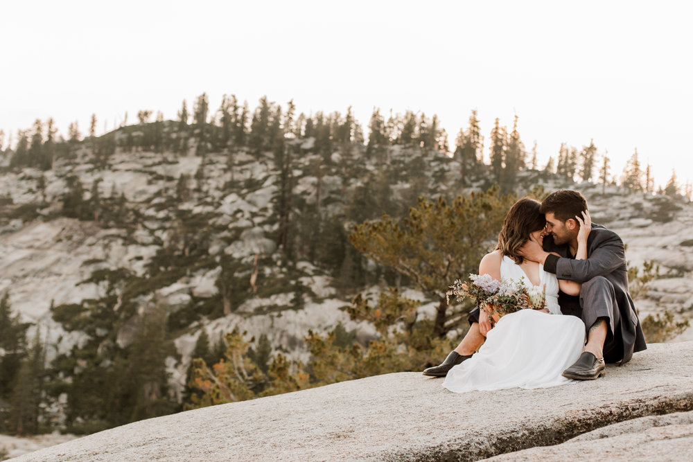 nicole-daacke-photography-yosemite-national-park-fall-elopement-adventurous-free-spirit-boho-bohemian-elopement-olmsted-point-yosemite-california-elope-adventure-elopement-photographer-52.jpg