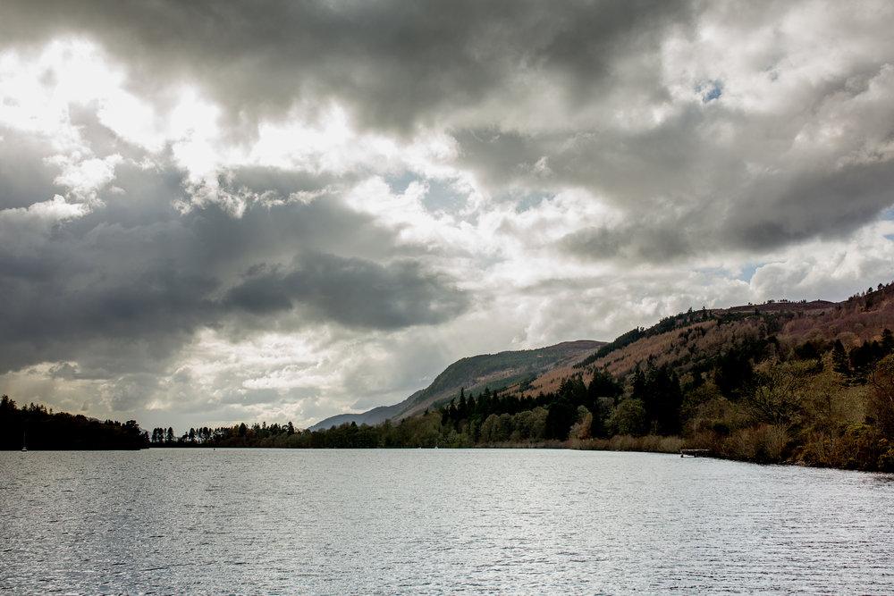 nicole-daacke-photography-scottish-highlands-elopement-wedding-photographer-isle-of-skye-elopement-photography-scotland-landscape-photography-culloden-inverness-stirling-destination-wedding-united-kindgom-wedding-photographer-19.jpg