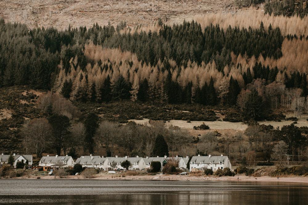 nicole-daacke-photography-scottish-highlands-elopement-wedding-photographer-isle-of-skye-elopement-photography-scotland-landscape-photography-culloden-inverness-stirling-destination-wedding-united-kindgom-wedding-photographer-22.jpg