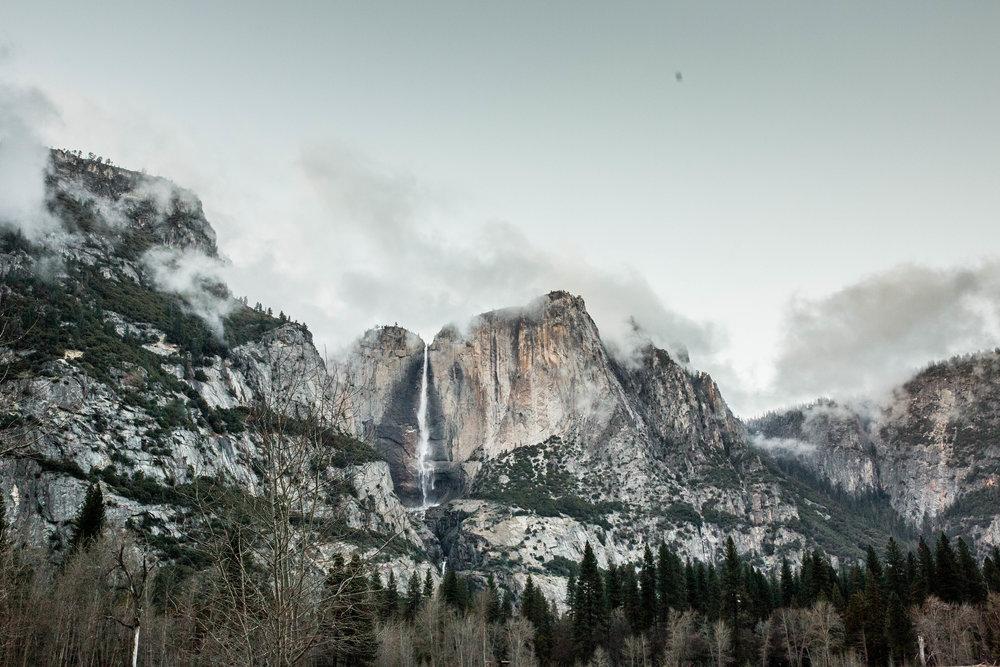 Nicole-Daacke-Photography-Vibrant-Landscape-National-Geographic-Yosemite-National-Park-California-Foggy-Photography-40.jpg