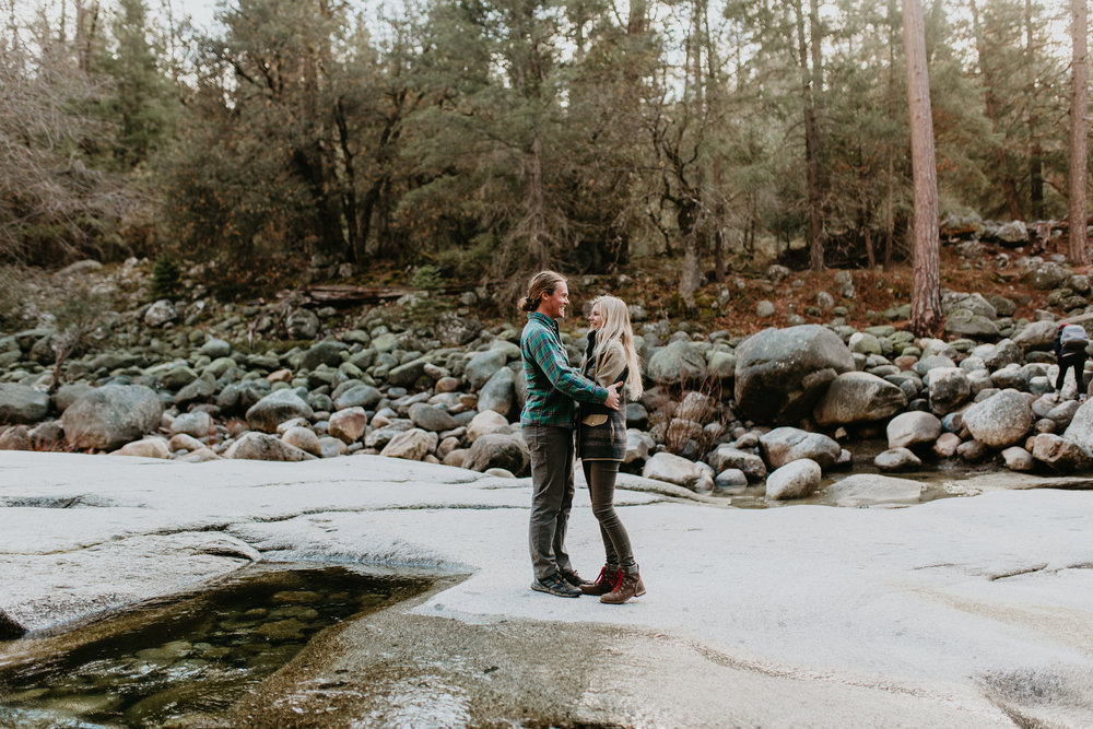 nicole-daacke-photography-yosemite-riverside-adventurous-engagement-photos-in-yosemite-national-park-elopement-photographer-weddings-travel-destination-wedding-eloping-elope-pine-forest-1.jpg