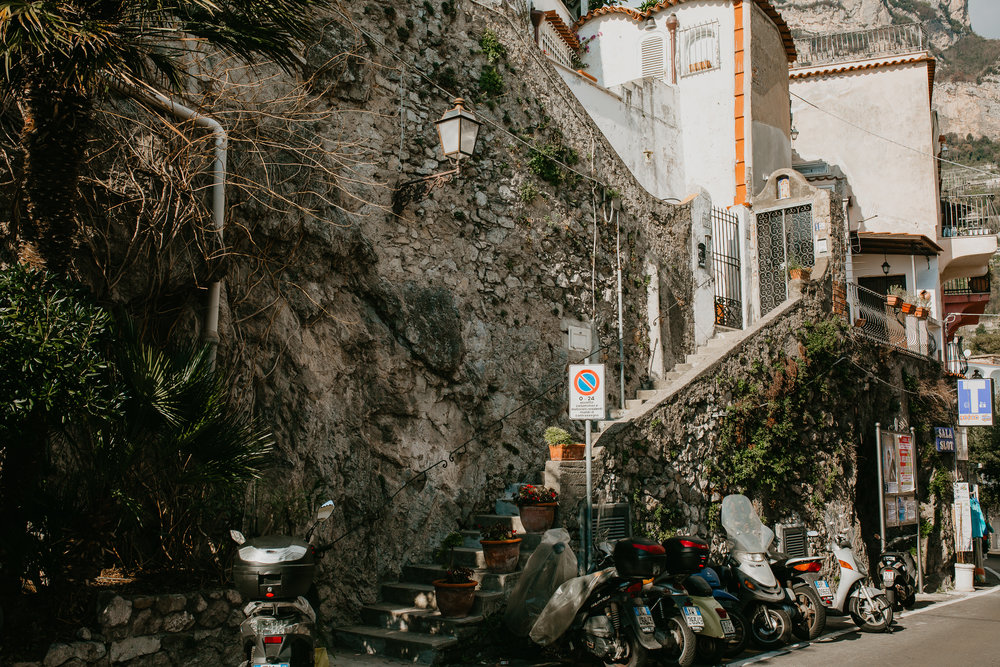 nicole-daacke-photography-destination-elopement-wedding-in-italy-florence-elopement-amalfi-coast-elopement-photographer-positano-photographer-rome-destination-wedding-photographer-italy-italian-landscapes-italy-adventure-itinerary -0311.jpg