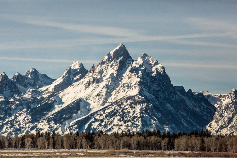 nicole-daacke-photography-jackson-hole-grand-teton-national-park-elopement-wedding-photographer-adventurous-engagement-session-grand-tetons-snow-visit-itinerary-for-jackson-hole-wyoming-9791.jpg