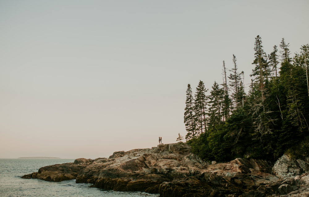 nicole-daacke-photography-acadia-national-park-engagement-photos-session-little-hunters-beach-sunset-cadillac-mountain-thunder-hole-otter-cliffs-couples-session-acadia-elopement-photographer-pine-trees-ocean-maine-78.jpg