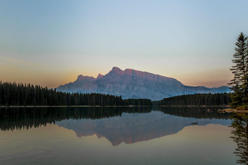 nicole-daacke-photography-banff-national-park-yoho-jasper-canada-parks-alberta-landscape-photographer-canadian-rockies-elopement-photographer-kananaskis-landscape-photos-0299.jpg
