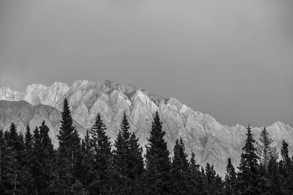 nicole-daacke-photography-banff-national-park-yoho-jasper-canada-parks-alberta-landscape-photographer-canadian-rockies-elopement-photographer-kananaskis-landscape-photos-4607.jpg