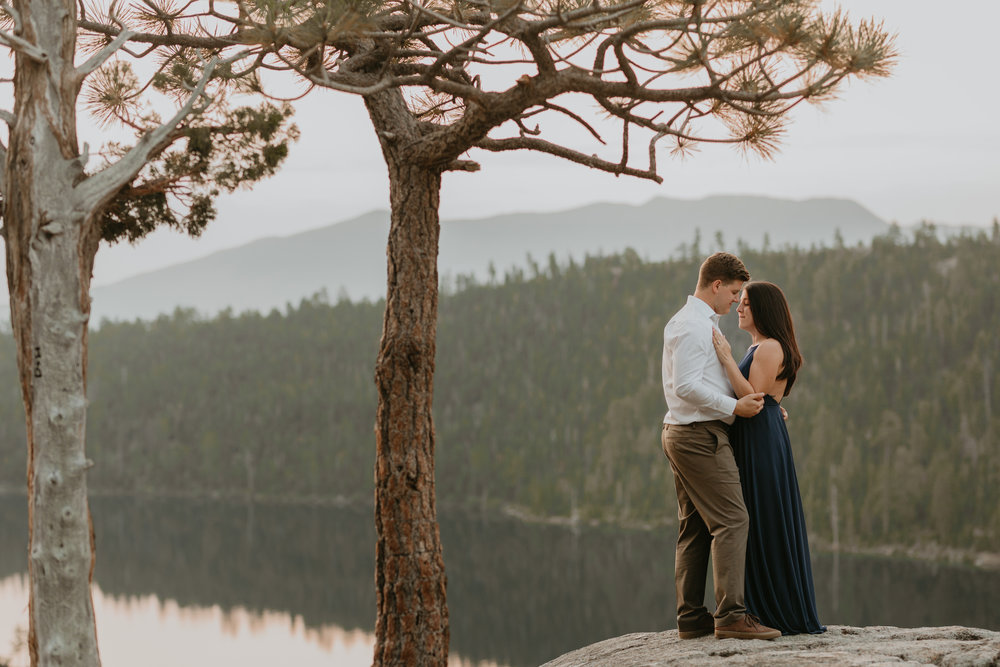 nicole-daacke-photography-lake-tahoe-sunrise-summer-adventure-engagement-photos-nevada-wedding-elopement-photographer-golden-emerald-bay-light-pine-trees-summer-vibe-fun-carefree-authentic-love-7.jpg