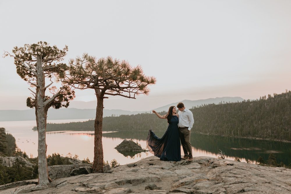 nicole-daacke-photography-lake-tahoe-sunrise-summer-adventure-engagement-photos-nevada-wedding-elopement-photographer-golden-emerald-bay-light-pine-trees-summer-vibe-fun-carefree-authentic-love-8.jpg