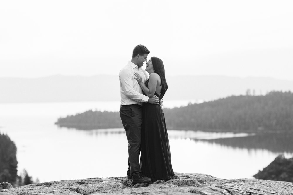 nicole-daacke-photography-lake-tahoe-sunrise-summer-adventure-engagement-photos-nevada-wedding-elopement-photographer-golden-emerald-bay-light-pine-trees-summer-vibe-fun-carefree-authentic-love-11.jpg