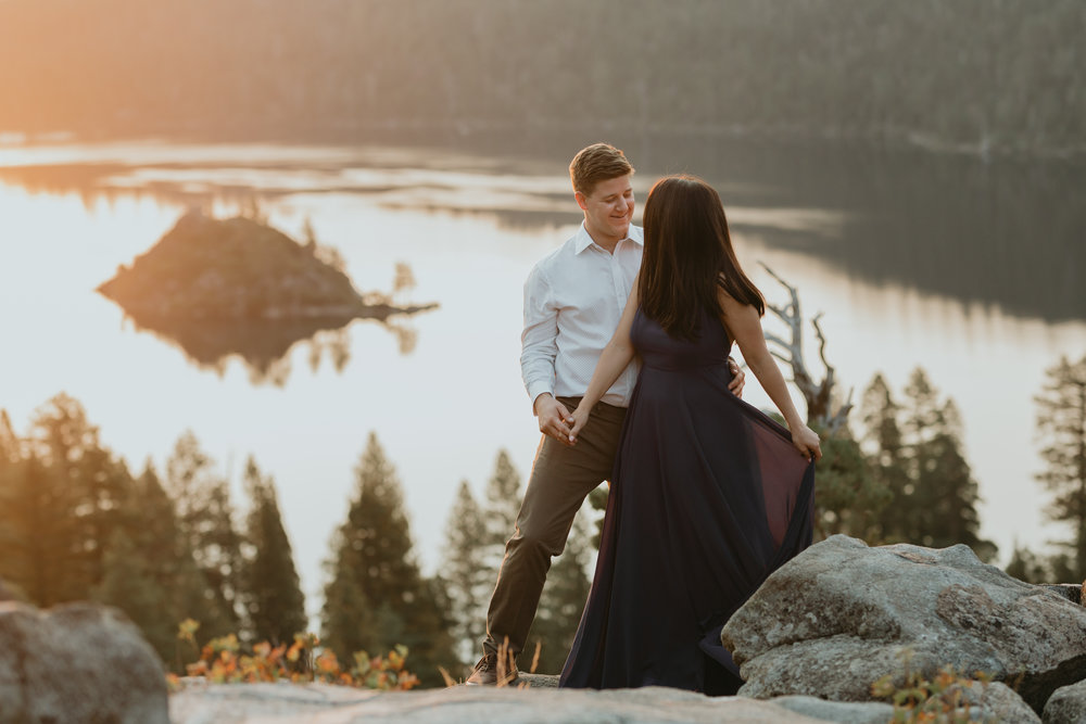 nicole-daacke-photography-lake-tahoe-sunrise-summer-adventure-engagement-photos-nevada-wedding-elopement-photographer-golden-emerald-bay-light-pine-trees-summer-vibe-fun-carefree-authentic-love-16.jpg