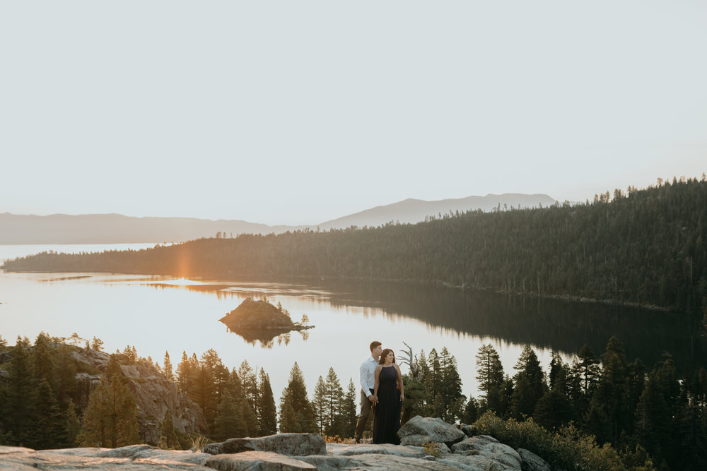 nicole-daacke-photography-lake-tahoe-sunrise-summer-adventure-engagement-photos-nevada-wedding-elopement-photographer-golden-emerald-bay-light-pine-trees-summer-vibe-fun-carefree-authentic-love-18.jpg