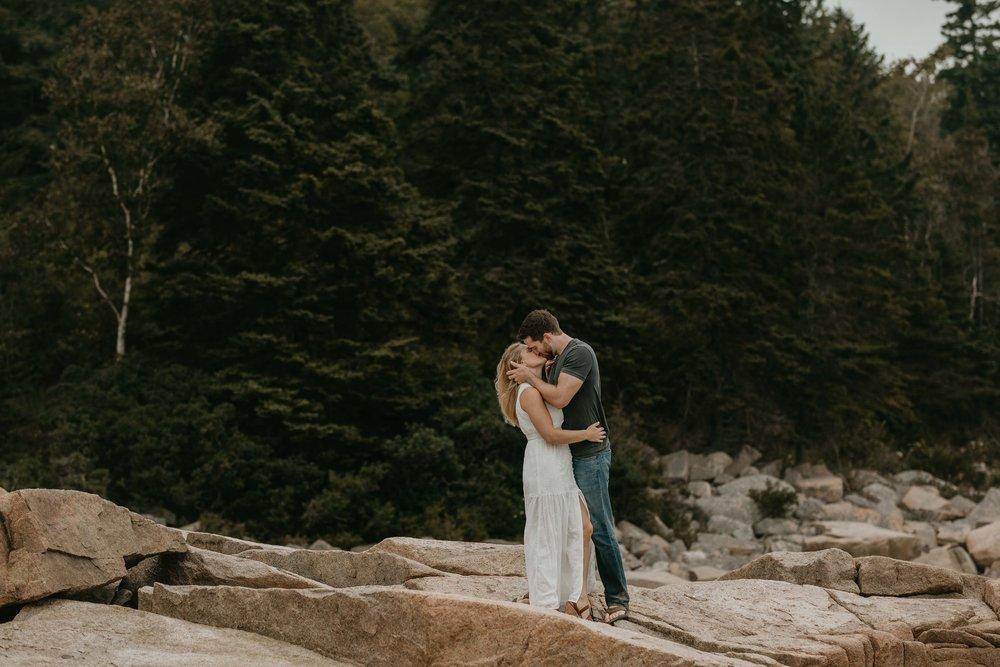 nicole-daacke-photography-acadia-national-park-adventurous-engagement-session-photos-otter-cliffs-forests-coastline-sand-beach-adventure-session-bar-harbor-mt-desert-island-elopement-fall-bass-harbor-lighthouse-wedding-maine-landscape-photographer-23.jpg