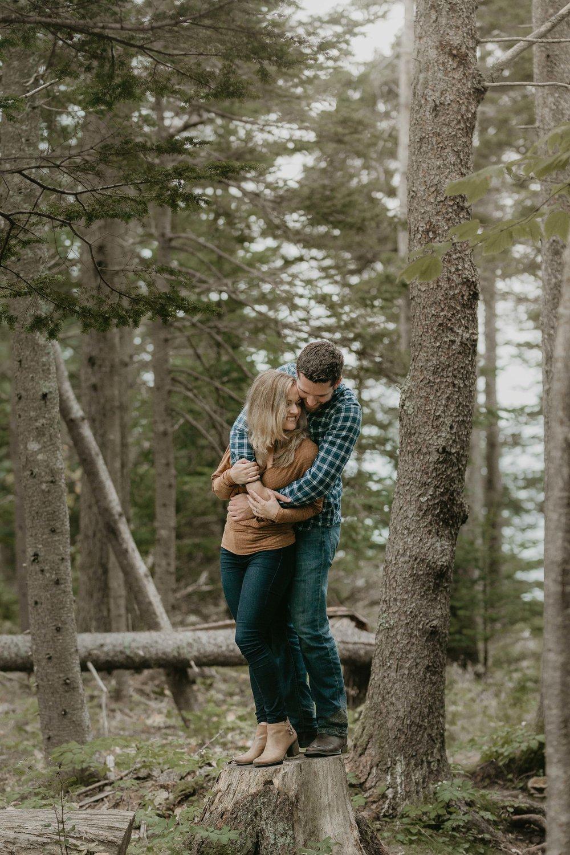 nicole-daacke-photography-acadia-national-park-adventurous-engagement-session-photos-otter-cliffs-forests-coastline-sand-beach-adventure-session-bar-harbor-mt-desert-island-elopement-fall-bass-harbor-lighthouse-wedding-maine-landscape-photographer-38.jpg