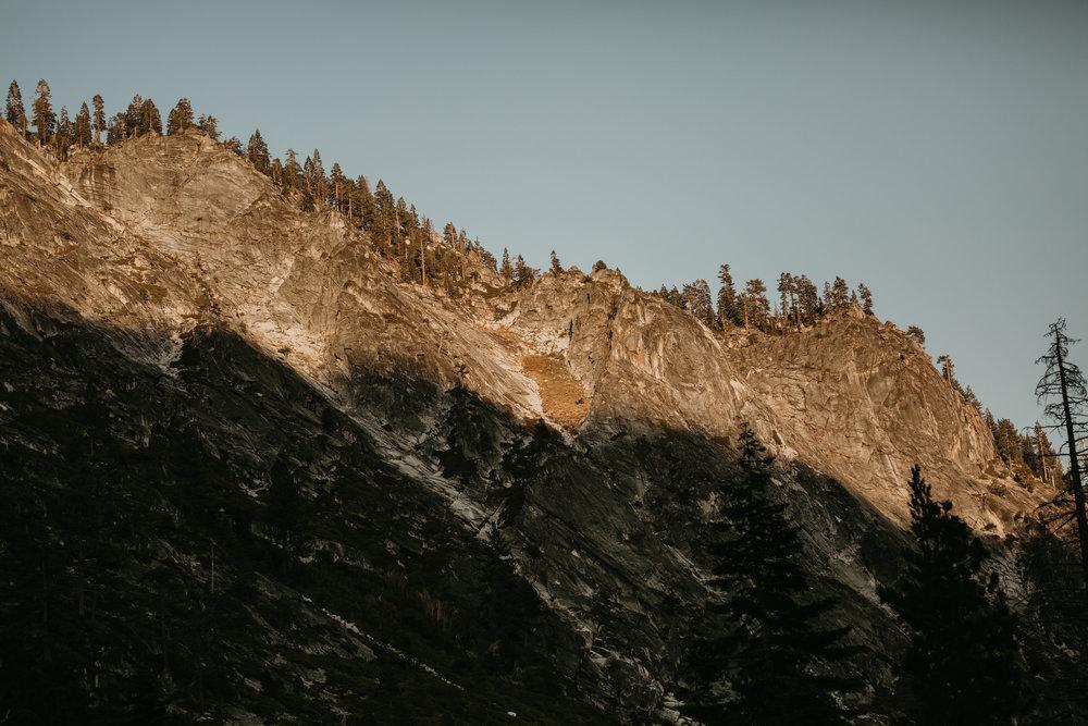 nicole-daacke-photography-fun-adventure-session-waterfall-lake-tahoe-sunset-destination-wedding-photographer-northern-california-elopement-photographer-23.jpg