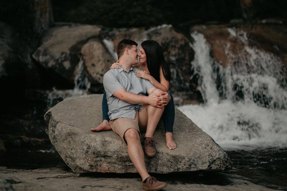 nicole-daacke-photography-fun-adventure-session-waterfall-lake-tahoe-sunset-destination-wedding-photographer-northern-california-elopement-photographer-34.jpg