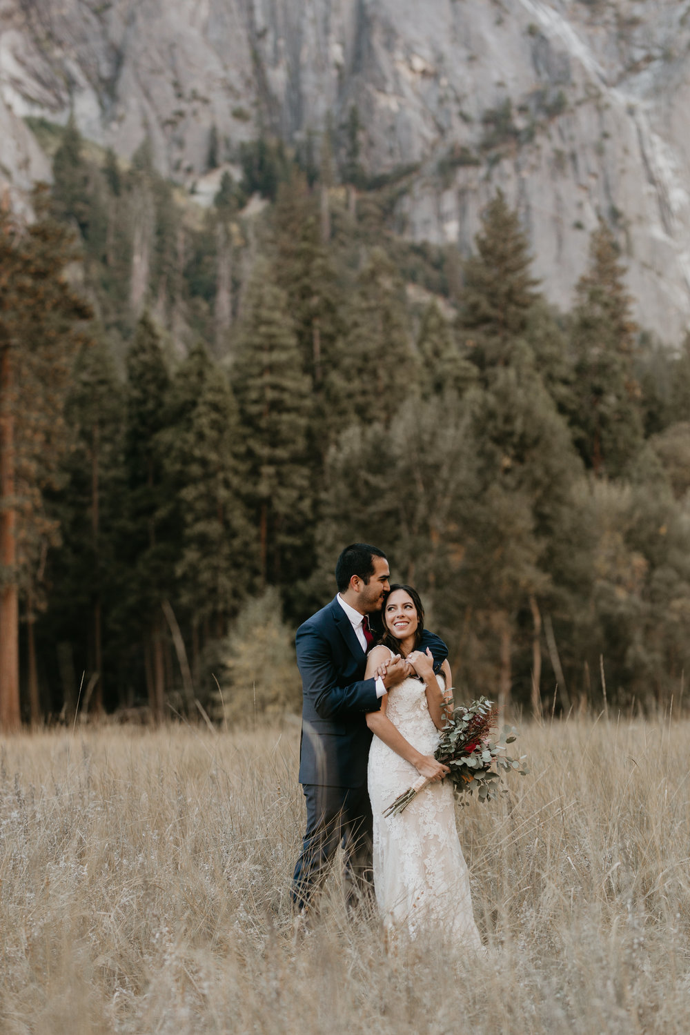 nicole-daacke-photography-intimate-elopement-wedding-yosemite-national-park-california-taft-point-sunset-photos-yosemite-valley-tunnel-view-first-look-sunrise-golden-granite-hiking-adventure-wedding-adventurous-elopement-photographer-15.jpg