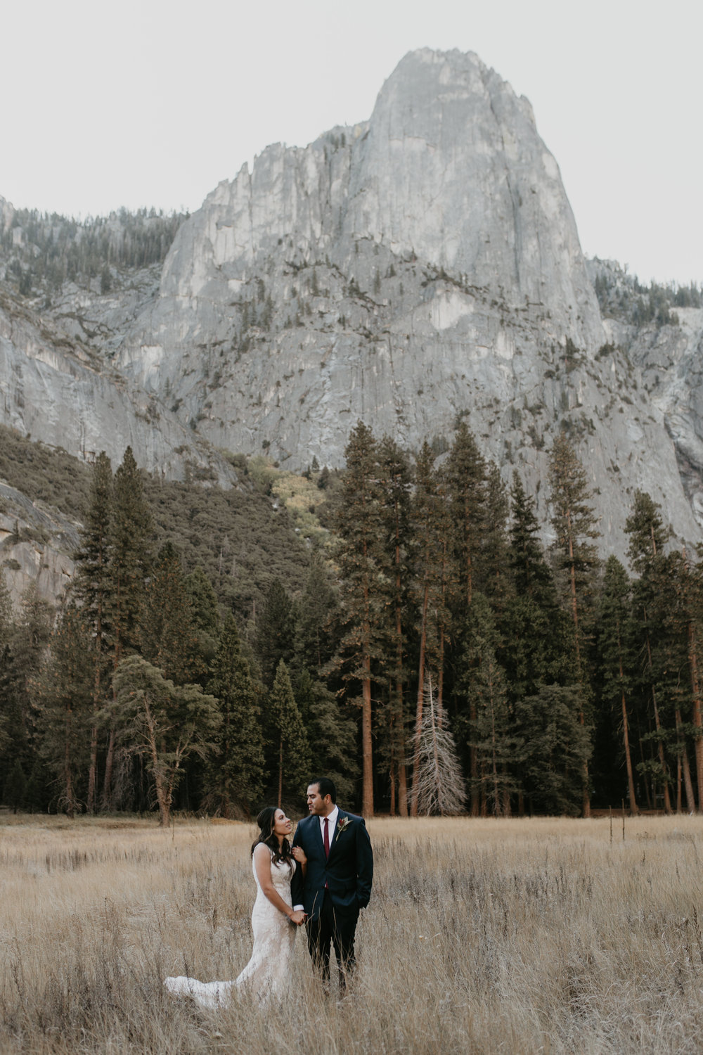 nicole-daacke-photography-intimate-elopement-wedding-yosemite-national-park-california-taft-point-sunset-photos-yosemite-valley-tunnel-view-first-look-sunrise-golden-granite-hiking-adventure-wedding-adventurous-elopement-photographer-17.jpg