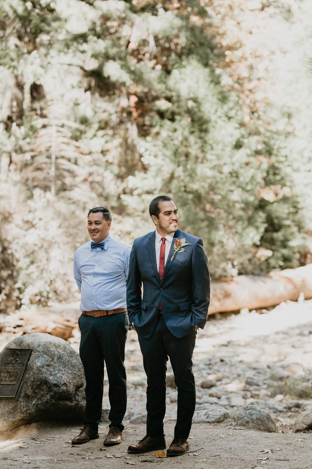 nicole-daacke-photography-intimate-elopement-wedding-yosemite-national-park-california-taft-point-sunset-photos-yosemite-valley-tunnel-view-first-look-sunrise-golden-granite-hiking-adventure-wedding-adventurous-elopement-photographer-40.jpg