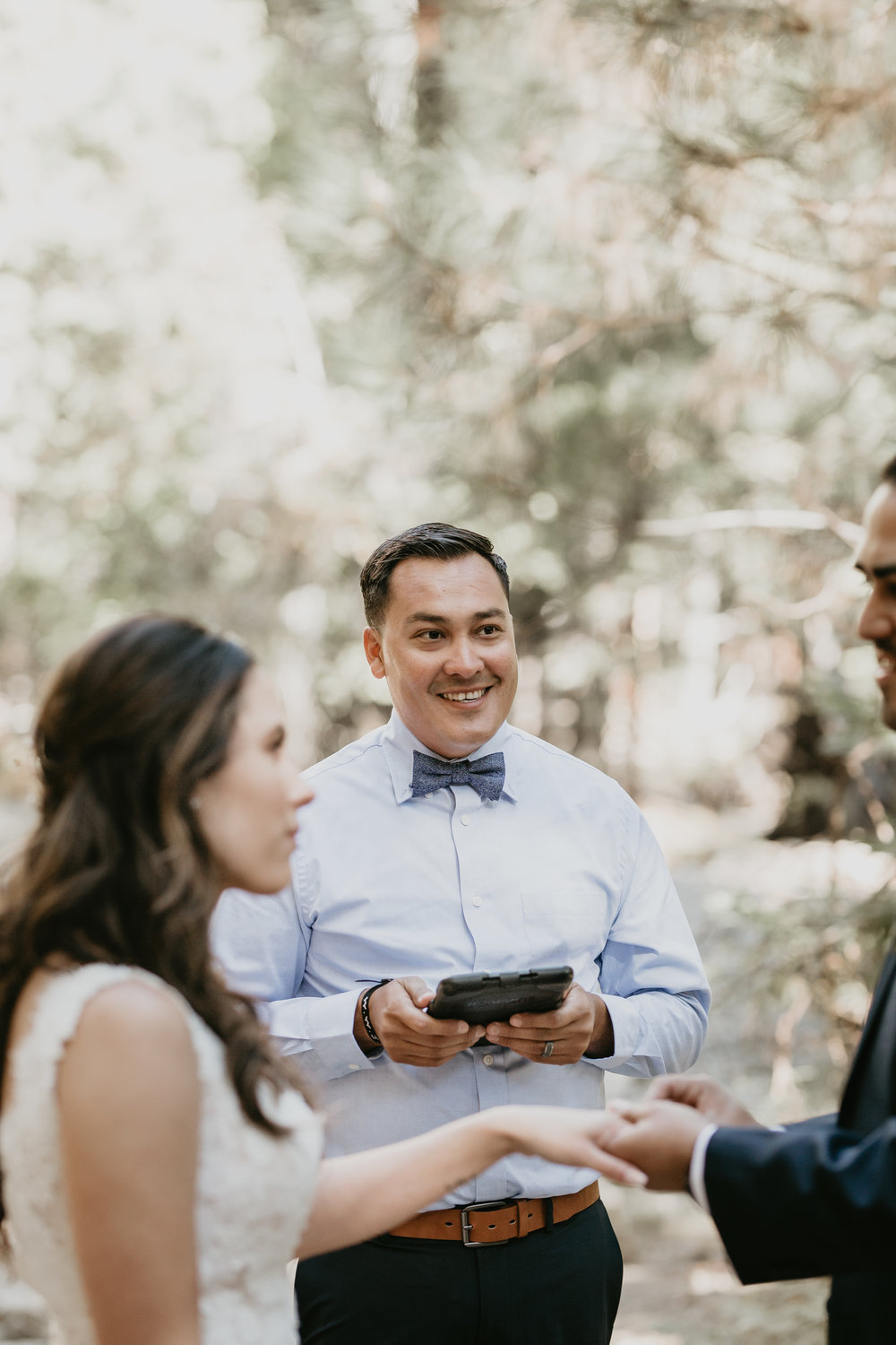 nicole-daacke-photography-intimate-elopement-wedding-yosemite-national-park-california-taft-point-sunset-photos-yosemite-valley-tunnel-view-first-look-sunrise-golden-granite-hiking-adventure-wedding-adventurous-elopement-photographer-51.jpg