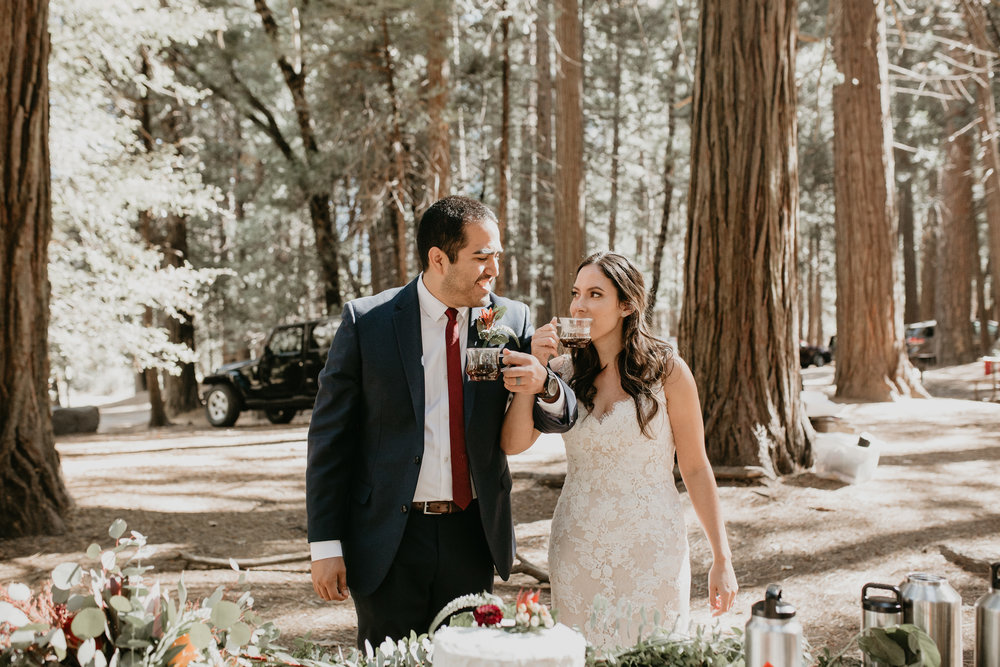 nicole-daacke-photography-intimate-elopement-wedding-yosemite-national-park-california-taft-point-sunset-photos-yosemite-valley-tunnel-view-first-look-sunrise-golden-granite-hiking-adventure-wedding-adventurous-elopement-photographer-71.jpg
