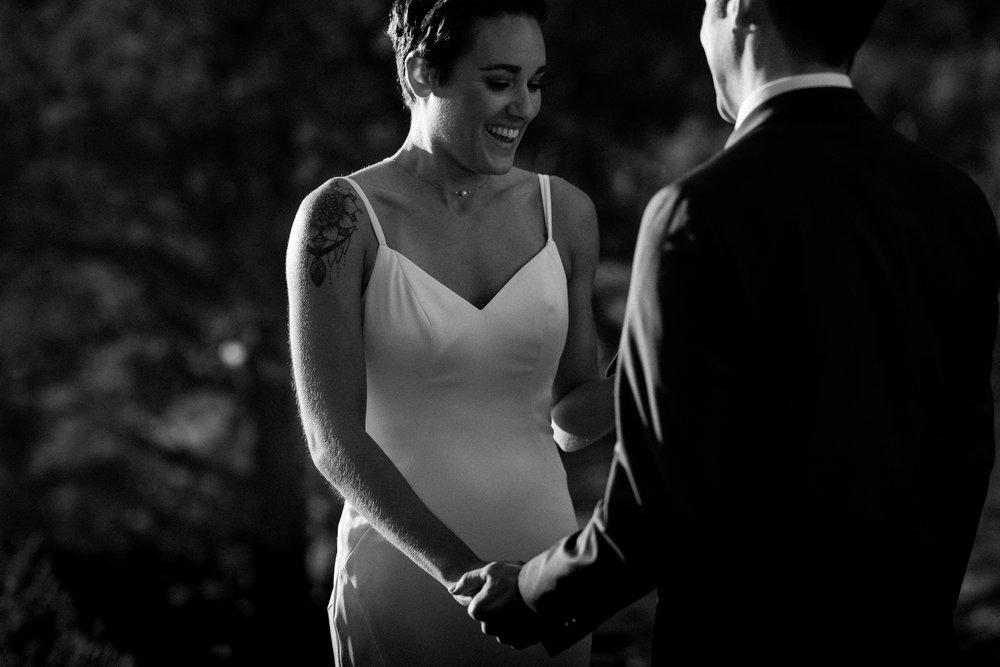 nicole-daacke-photography-sedona-arizona-destination-elopement-wedding-photographer-catherdral-rock-hiking-elopement-sedona-river-elopement-photos-desert-rock-wedding-photographer-laid-back-spontaneous-elopement-45.jpg