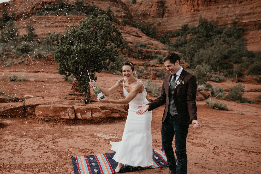 nicole-daacke-photography-sedona-arizona-destination-elopement-wedding-photographer-catherdral-rock-hiking-elopement-sedona-river-elopement-photos-desert-rock-wedding-photographer-laid-back-spontaneous-elopement-88.jpg