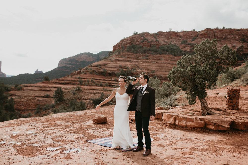 nicole-daacke-photography-sedona-arizona-destination-elopement-wedding-photographer-catherdral-rock-hiking-elopement-sedona-river-elopement-photos-desert-rock-wedding-photographer-laid-back-spontaneous-elopement-89.jpg