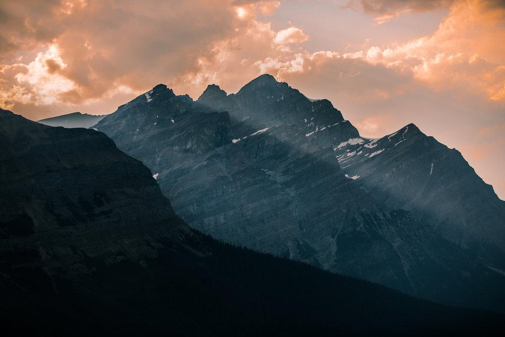 nicole-daacke-photography-banff-national-park-yoho-jasper-canada-parks-alberta-landscape-photographer-canadian-rockies-elopement-photographer-kananaskis-landscape-photos-5033.JPG