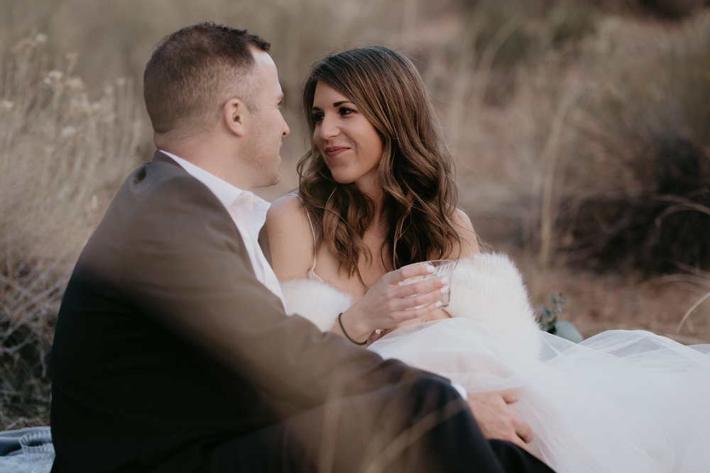 nicole-daacke-photography-zion-national-park-elopement-photographer-canyon-overlook-trail-elope-hiking-adventure-wedding-photos-fall-utah-red-rock-canyon-stgeorge-eloping-photographer-9.jpg
