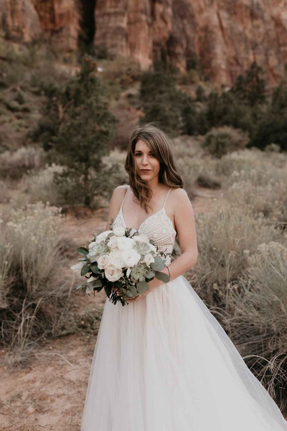 nicole-daacke-photography-zion-national-park-elopement-photographer-canyon-overlook-trail-elope-hiking-adventure-wedding-photos-fall-utah-red-rock-canyon-stgeorge-eloping-photographer-14.jpg