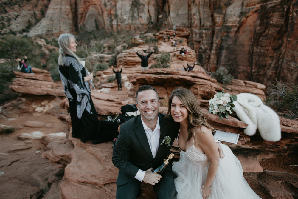 nicole-daacke-photography-zion-national-park-elopement-photographer-canyon-overlook-trail-elope-hiking-adventure-wedding-photos-fall-utah-red-rock-canyon-stgeorge-eloping-photographer-64.jpg