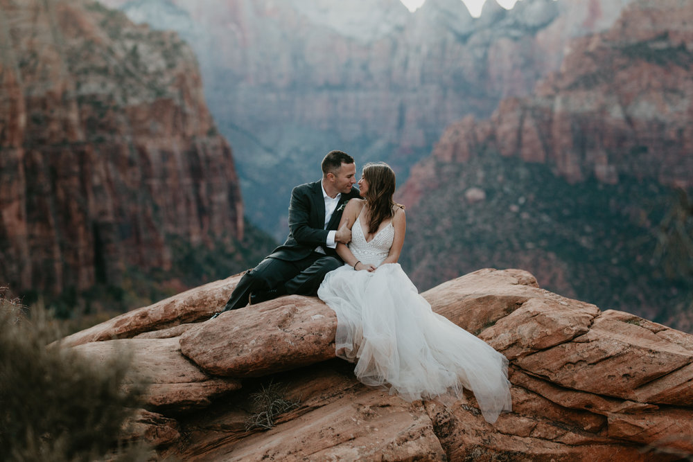 nicole-daacke-photography-zion-national-park-elopement-photographer-canyon-overlook-trail-elope-hiking-adventure-wedding-photos-fall-utah-red-rock-canyon-stgeorge-eloping-photographer-89.jpg
