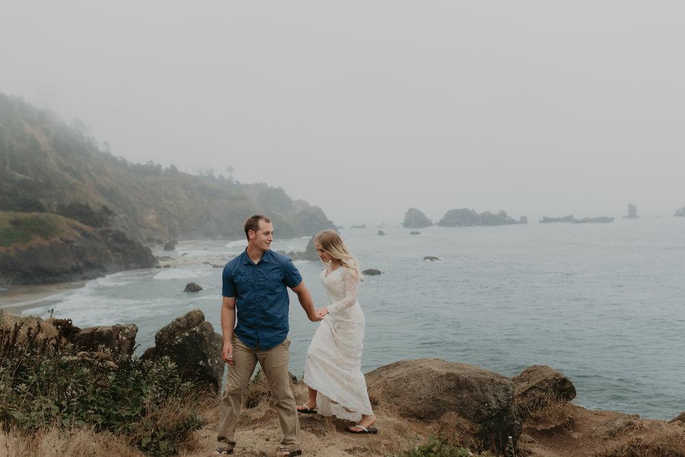 nicole-daacke-photography-oregon-coast-cannon-beach-indian-beach-ecola-state-park-adventurous-bridal-session-elopement-wedding-intimate-session-foggy-wedding-photographer-9.jpg