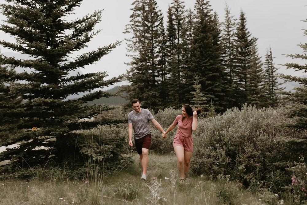 nicole-daacke-banff-kananaskis-alberta-canada-adventure-elopement-photographer-adventure-session-in-the-mountains-photographer-2.jpg
