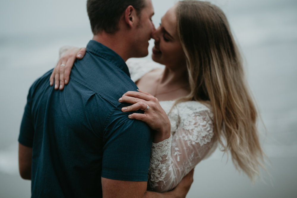 nicole-daacke-photography-ecola-state-park-oregon-elopement-bridal-photos-photographer-for-cannon-beach-elopement-oregon-coast-elopement-photographer-foggy-summer-elopement-cannon-beach-best-adventure-elopement-photographer-5674.jpg