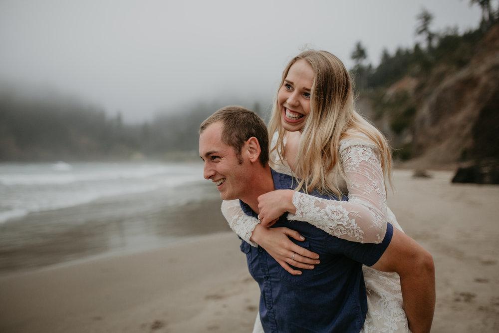 nicole-daacke-photography-ecola-state-park-oregon-elopement-bridal-photos-photographer-for-cannon-beach-elopement-oregon-coast-elopement-photographer-foggy-summer-elopement-cannon-beach-best-adventure-elopement-photographer-7090.jpg
