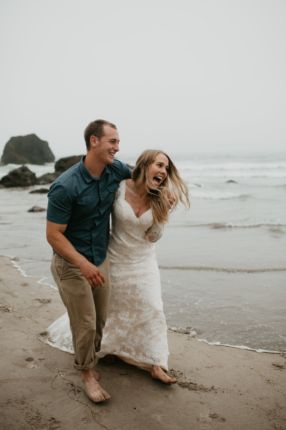 nicole-daacke-photography-ecola-state-park-oregon-elopement-bridal-photos-photographer-for-cannon-beach-elopement-oregon-coast-elopement-photographer-foggy-summer-elopement-cannon-beach-best-adventure-elopement-photographer-7124.jpg