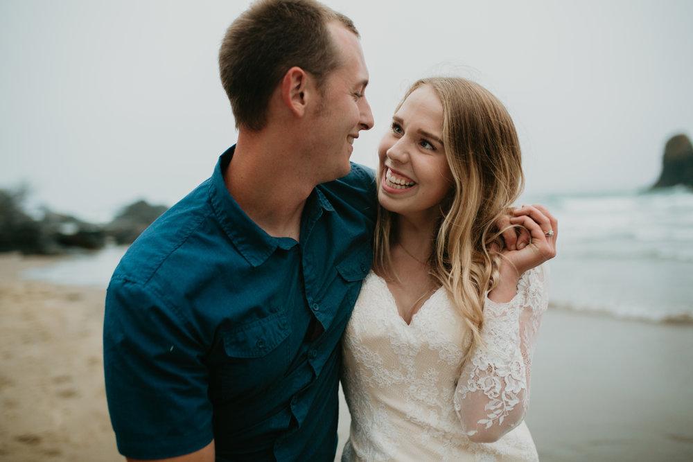 nicole-daacke-photography-ecola-state-park-oregon-elopement-bridal-photos-photographer-for-cannon-beach-elopement-oregon-coast-elopement-photographer-foggy-summer-elopement-cannon-beach-best-adventure-elopement-photographer-7129.jpg