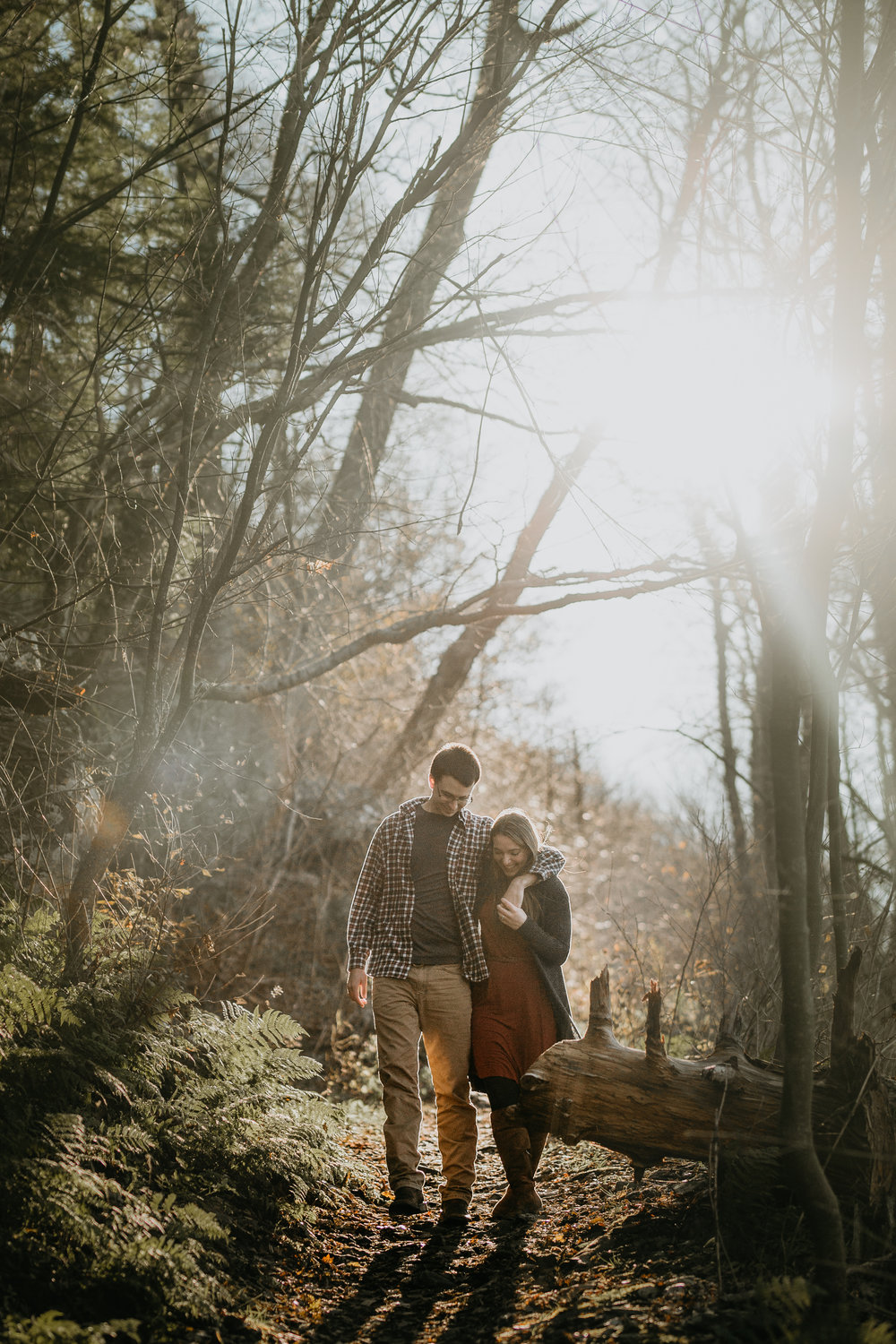nicole-daacke-photography-shenandoah-national-park-adventure-engagement-session-with-fall-foliage-shenandoah-elopement-photographer-engagement-photos-in-virginia-charlottesville-national-park-adventure-elopement-photographer-3639.jpg