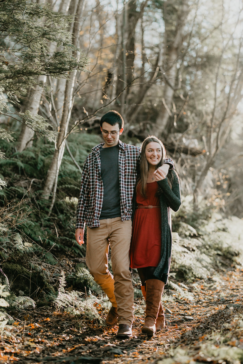nicole-daacke-photography-shenandoah-national-park-adventure-engagement-session-with-fall-foliage-shenandoah-elopement-photographer-engagement-photos-in-virginia-charlottesville-national-park-adventure-elopement-photographer-3664.jpg