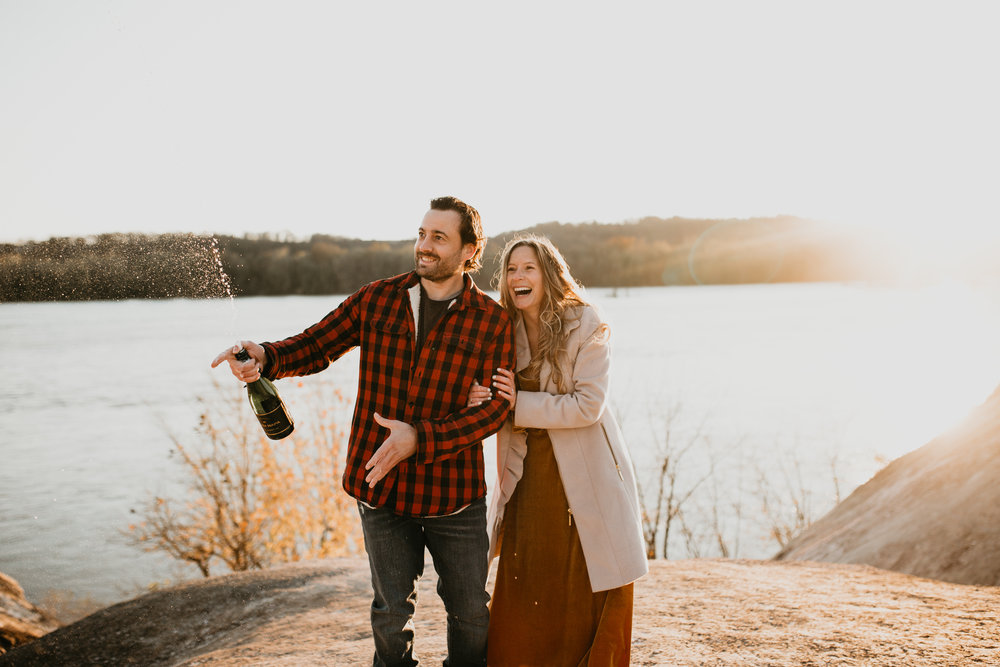 nicole-daacke-photography-white-cliffs-of-conoy-in-lancaster-pa-pennsylvania-adventure-session-adventure-elopement-photographer-engagement session-in-lancaster-pa-photographer-golden-sunset-winter-solstice-wedding-riverside-elopement-4114.jpg