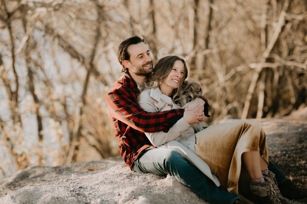 nicole-daacke-photography-white-cliffs-of-conoy-in-lancaster-pa-pennsylvania-adventure-session-adventure-elopement-photographer-engagement session-in-lancaster-pa-photographer-golden-sunset-winter-solstice-wedding-riverside-elopement-4907.jpg