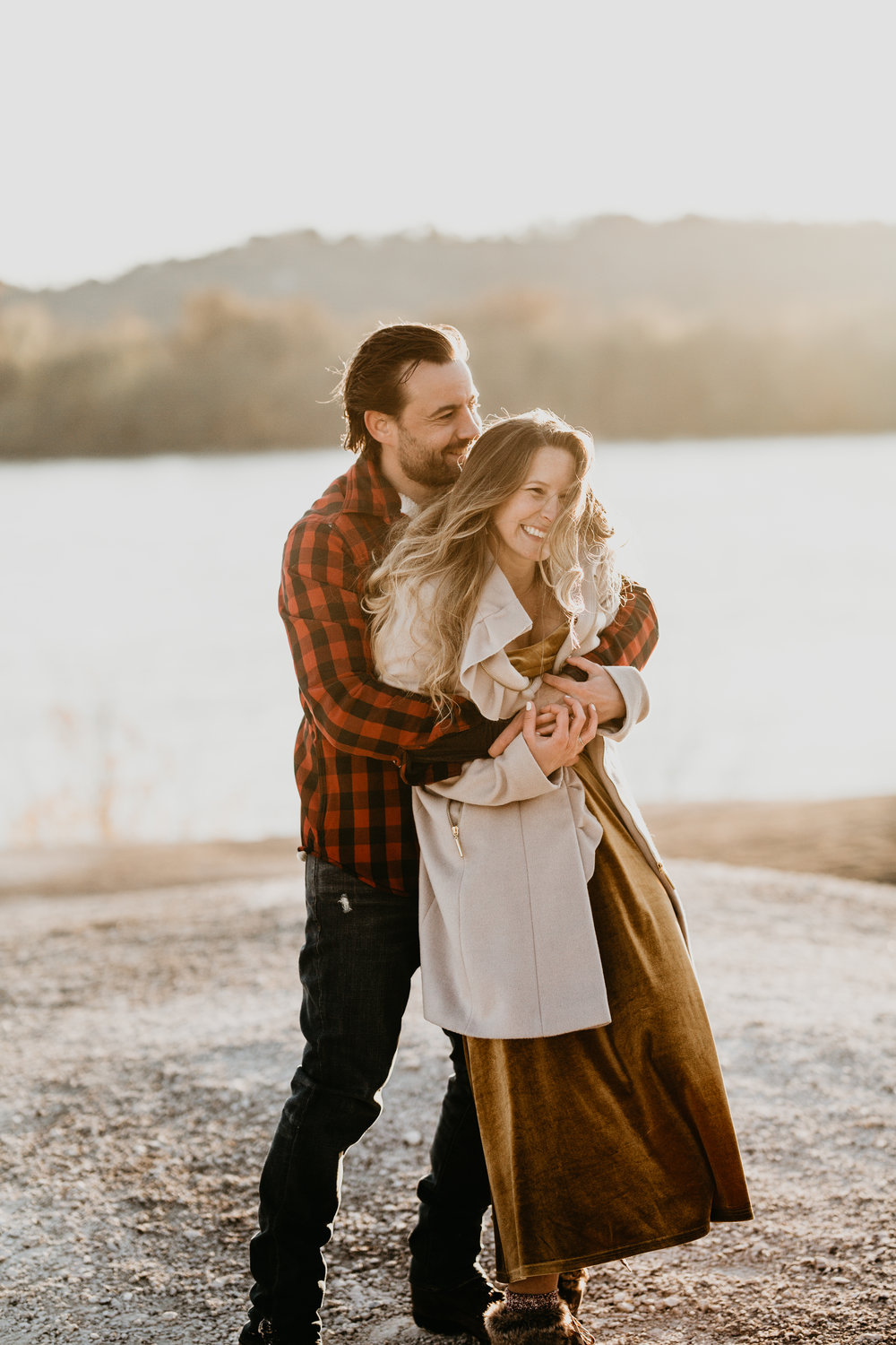 nicole-daacke-photography-white-cliffs-of-conoy-in-lancaster-pa-pennsylvania-adventure-session-adventure-elopement-photographer-engagement session-in-lancaster-pa-photographer-golden-sunset-winter-solstice-wedding-riverside-elopement-5101.jpg